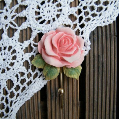 Light Pink Rose Hook