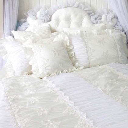 Paris Dream Ruched Bedding Set, White
