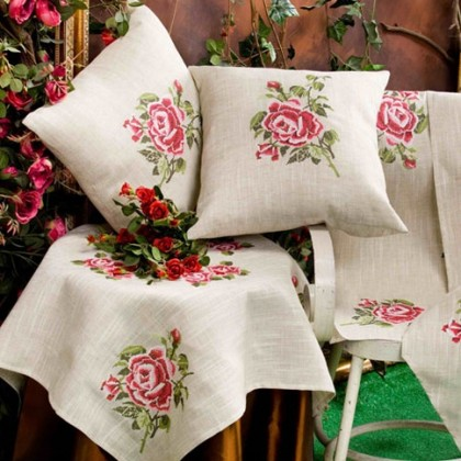 Embroidery Shabby Roses Tablecloth