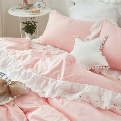 Romantic Wide Lace Duvet Cover Set- Pink