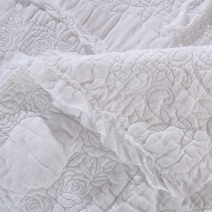 White Rose Quilt