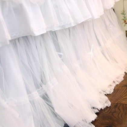 White Dot Mesh Bed Skirt