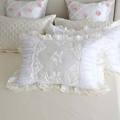 White Cottage Lace Pillow Sham