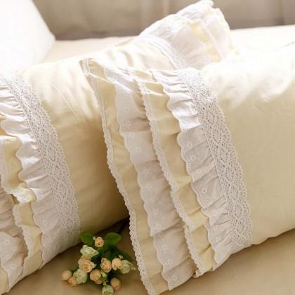 Lace Love Pillow Sham, Light Yellow