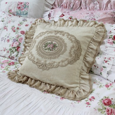 Luxury Victorian Decorative Square Pillow