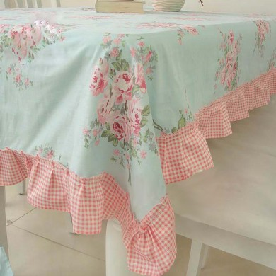 Chic Ruffled Tablecloth