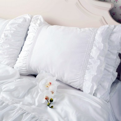 Lace Love Ruched Pillow Sham, White