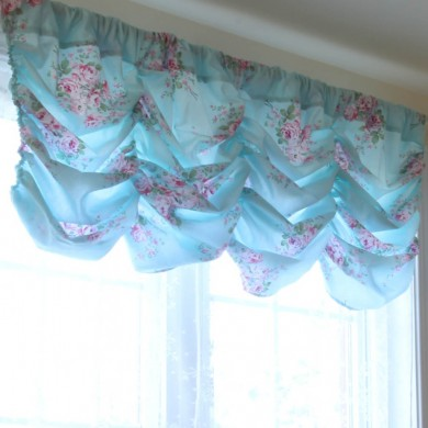 Blue Rose Balloon Valance