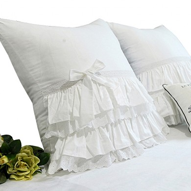 White Bow Ribbons Ruffled Pillow Cover (pair)