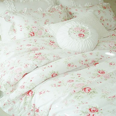 White Romance Duvet Cover Set