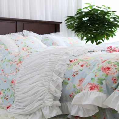 Blue Farmhouse Ruched Duvet Cover Set