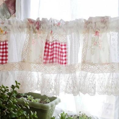 Vintage Rose Lace Quilt Valance