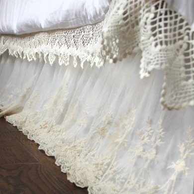 Luxury White Lace Love Bed Skirt