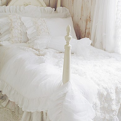 White Rose Ruffle Duvet Cover Set