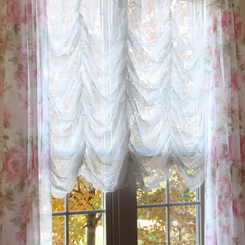 Austrian Balloon Curtain