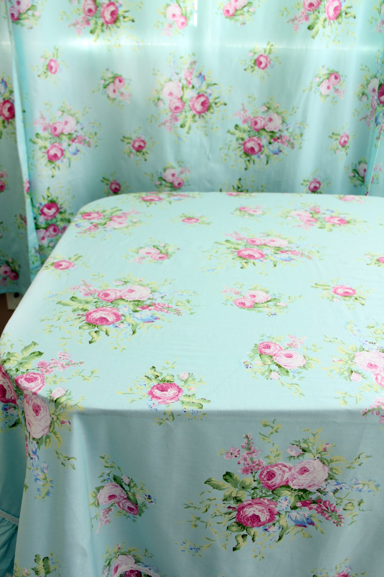 Green Rose Blossom Ruffle Tablecloth Tablecloth Tabletop