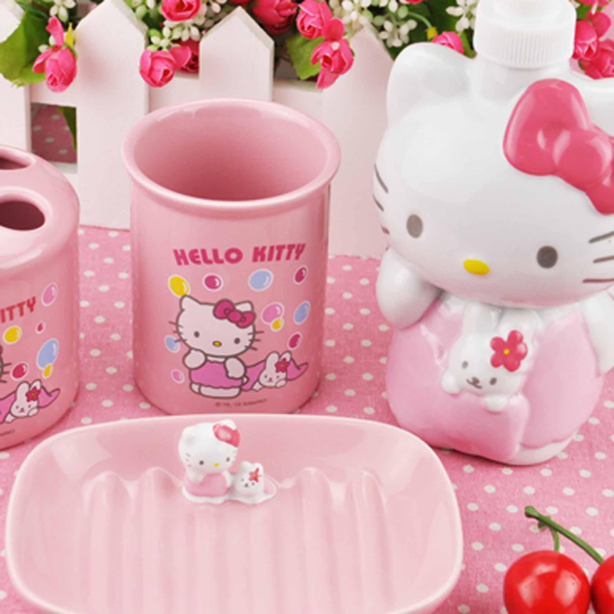 hello kitty bathroom set. Black Bedroom Furniture Sets. Home Design Ideas