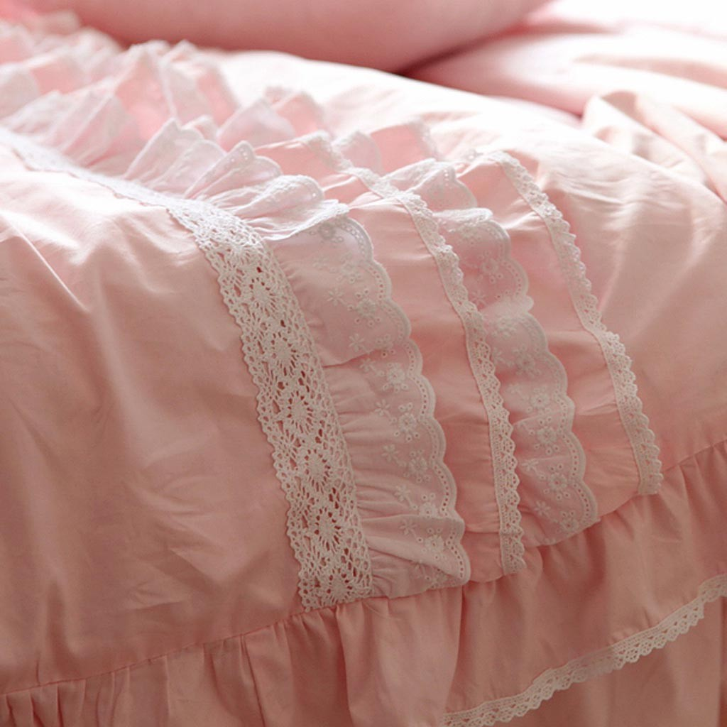 Lace Bedding Set