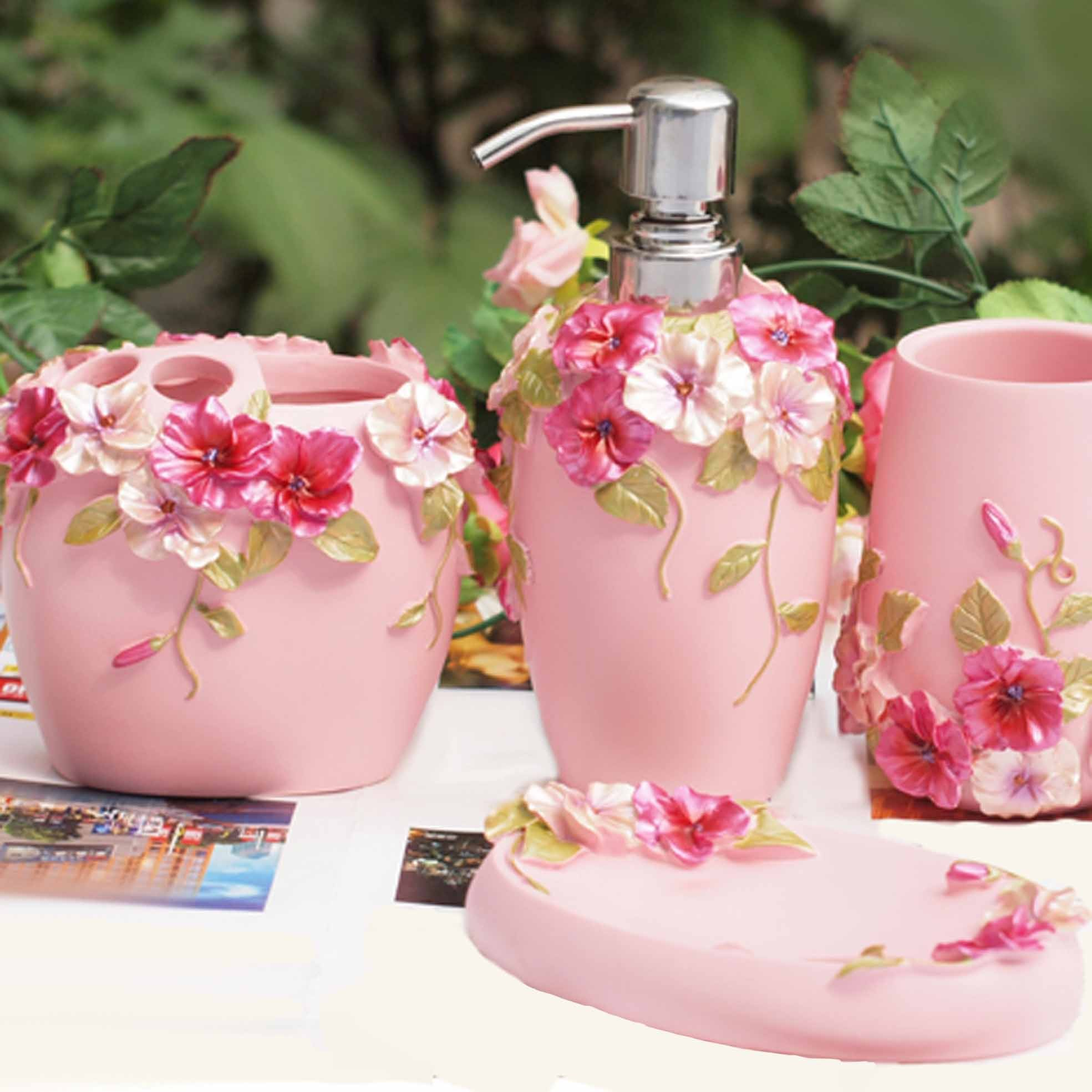 Shabby chic pink bathroom set for Pink bathroom accessories sets