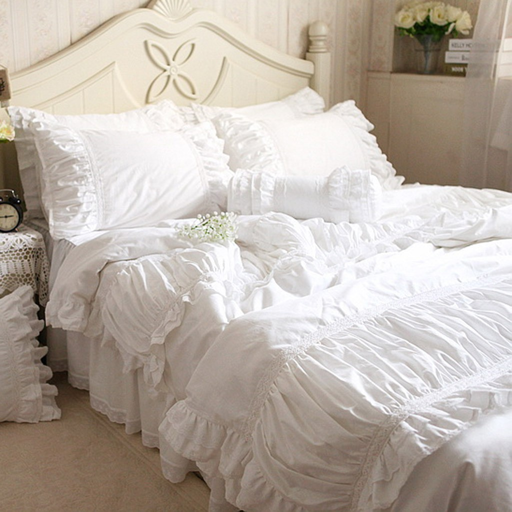 lace bedding set. Black Bedroom Furniture Sets. Home Design Ideas